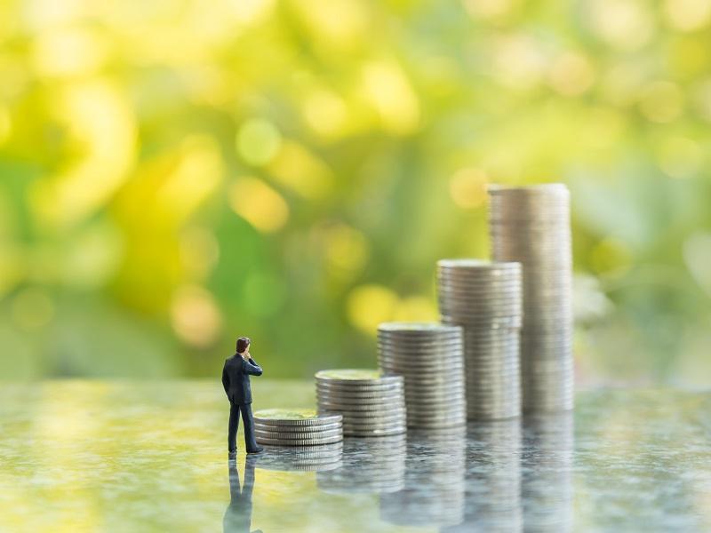 介護士の平均年収はどれくらい?給与アップは目指せるの?
