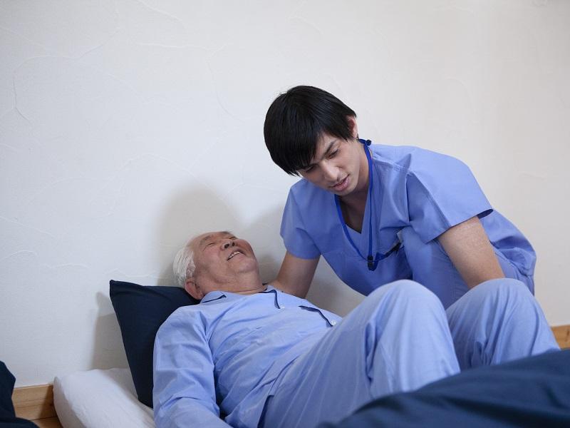 介護福祉士実務者研修とは?初任者研修との違いや取得するメリット
