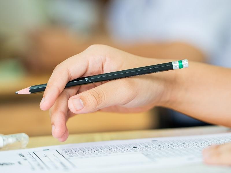 介護福祉士の勉強法は?どうしたらなれるの?