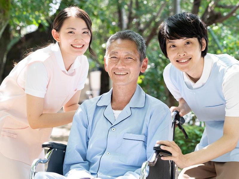 介護職に向いてる人とは?向いていない人の特徴と活躍できる場所もご紹介!