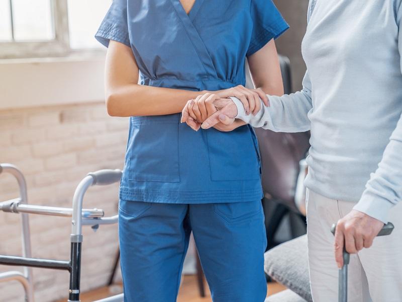 生活リハビリとは?介護職が担当できるメニューや資格について解説!の画像
