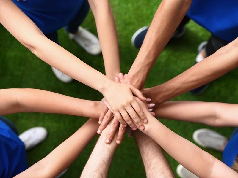 介護にチームワークが求められる理由とは?職員同士の連携を深めるポイントの画像