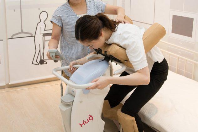 高齢者の心身ケアに役立つ機器を開発する企業